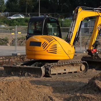 Louer du matériel de chantier pour professionnel à Montauban